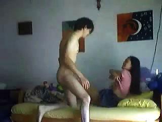الآسيوية فتاة الحصول على استغل من قبل BF لها