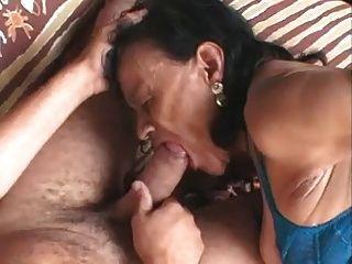 الجدة البرازيلي القبيح (sid69)