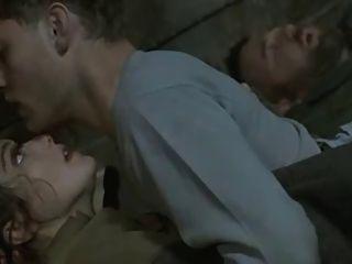 راشيل وايز (المومياء الفيلم الممثلة) مشهد الجنس