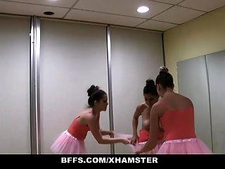 راقصة الباليه صغير لطيف حميم استغل من قبل أصدقائها