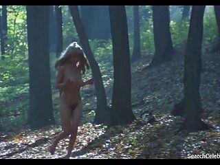 كارين هوفمان مضيفة عارية في الحرارة