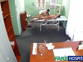 fakehospital التدليك ممرضة الساخنة المريض قبل مص