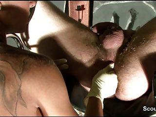 fetisch من 18yr الفتاة الألمانية مع الشمع والتدليك prostata