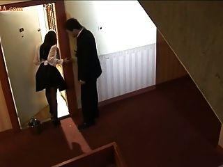 زوجة، وخادمة مارس الجنس في المنزل