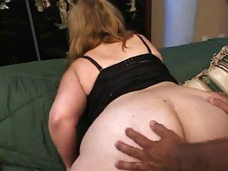 الحمار الكبير BBW بعقب يمارس الجنس مع مونيكا