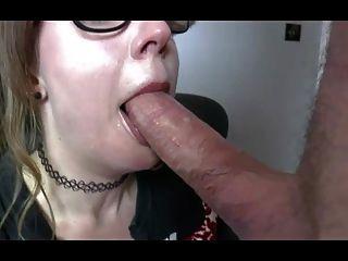 تحصل مارس الجنس البريطانية سامانثا وقحة من قبل صاحب المعاش