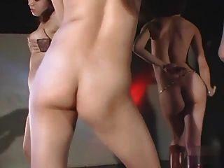 مثير الفتيات اليابان الساخن جوجو عارية رقصة جماعية