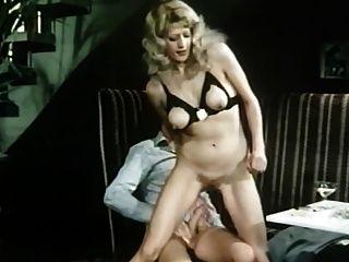 مقهى مزدحم (1978) قصيرة الألمانية فيلم اباحي