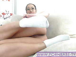 الساخن الآسيوية جورب pornbabetyra حذاء رياضة وصنم القدم