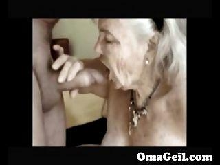 السيدات القديمة قرنية مص ديك المتشددين