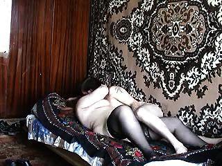 تنضج يمارس الجنس مع صبي روسيا صباحا