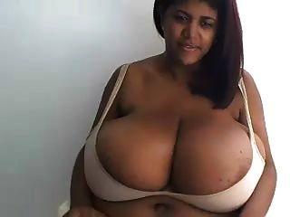 كريستينا ميلان 2
