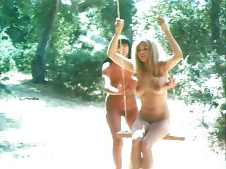ملكة جمال الكون مسابقة عارية 1967 (الفذ. ايفرت كيلي)