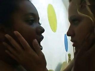 البرازيلي تقبيل مثليه وcunts التمسيد