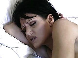 تطهير الشرج صباح الشعر القصير hungryeyes امرأة سمراء
