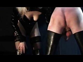 اثنين من العشيقات الألمانية تستخدم الرقيق