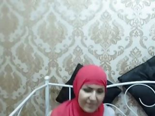 جميلة باطن الحجاب تابان عمامة 2