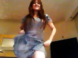 المغنية التركية هلال سيبيسي الرقص الشرقي الساخن