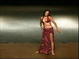 دينا، راقص مصري، أرابيك