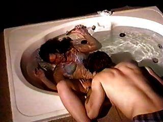 حوض الاستحمام تحت الماء الجنس