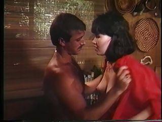 التسليم في الجزء الخلفي (1985) المشهد 1 كريستارا بارينجتون