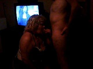 بلدي سلوتي زوجة مص الديك في غرفة موتيل