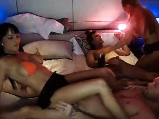 حار 4some اللعنة على حدبة