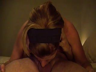 أنها تحب ديبثروات الديك في 69 موقف الجنس