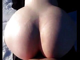 حار السويدية بوج جيتس مارس الجنس في ال ثلج