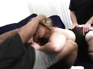 شقراء ببو سيدة يحب إلى اللعنة!