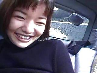 الثاني في مجموعة، ياباني، البنات، في السيارة