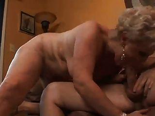 الجدة والجد سخيف جيد