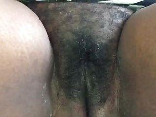 جامايكي عمة تظهر لها كس