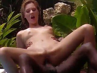 زوجة بيضاء الملاعين مع الفرنسية السوداء في جامايكا