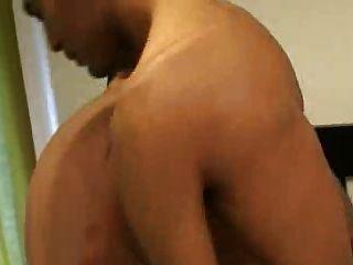 الدهون بوي مارس الجنس بواسطة نحيف لاتيني