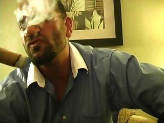 حار، تدخين، تدخين، السيجار، أيضا، جاكينغ