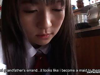 الآسيوية مدبرة يحصل مارس الجنس و مدهون من قبل فيلاس