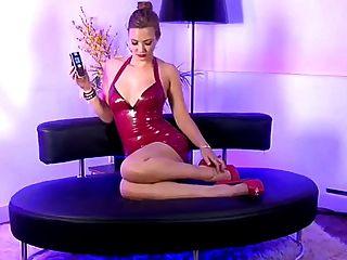 حار شقراء هاتف جنس فتاة مع أحمر جلد لباس