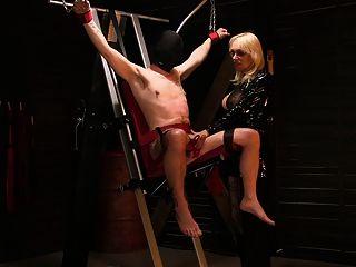 مونيكاميلف ديك ل برج من ألم في لها زنزانة نورسك الاباحية