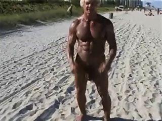 70، السنة قديم، بوديبيلدر، عن، الشاطئ العاري