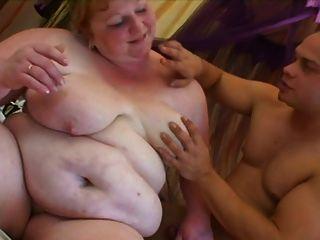 3 السيدات الدهون الجميلة
