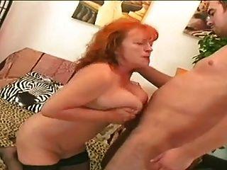 أحمر الشعر جدة وقحة إيفا مص و سخيف