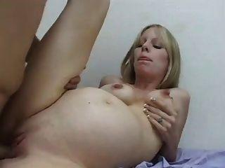 الحوامل شقراء حسنا مارس الجنس (كاماستر)