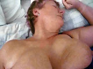 الهولندية ناضجة جدة جبهة مورو مع كبير الثدي الحصول على مارس الجنس