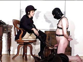 عشيقة والعبد لها