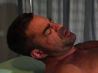 الطبيب المتفجر والعلاقة الجنسية للمريض - Xalabahia.com
