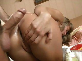 فتاة من روسيا اللعنة الثابت