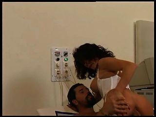 إريكا بيلا الشرج الأوهام 2 (1996) مشهد 3