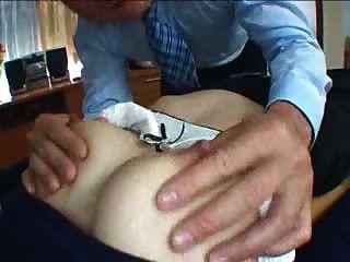 تيسينغ اليابانية غير خاضعة للرقابة المرضعات الرضاعة الطبيعية