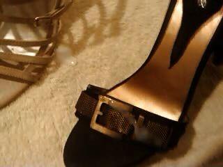 زوجة الأحذية